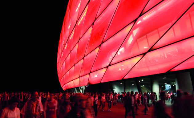 L Exposition Stadium Bordeaux La Cr A Fran Aise